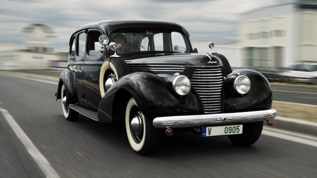 190819-superb-3000-ohv-1939-1920x1275-1100x618.jpg