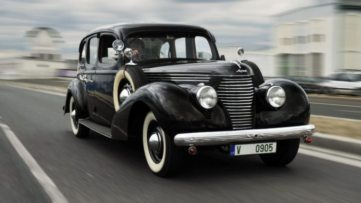 190819-superb-3000-ohv-1939-1920x1275-728x409.jpg