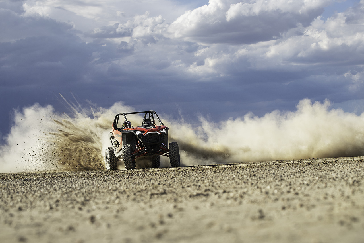 2020-rzr-pro-xp-ultimate-indy-red_six6444_01978-small.jpg
