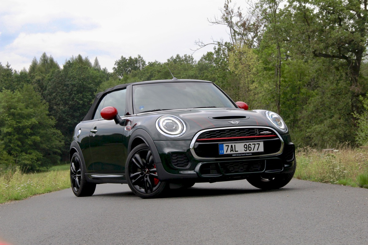 mini-jcw-john-cooper-works-convertible-cabrio-petrol-hothatch-test-1.jpg