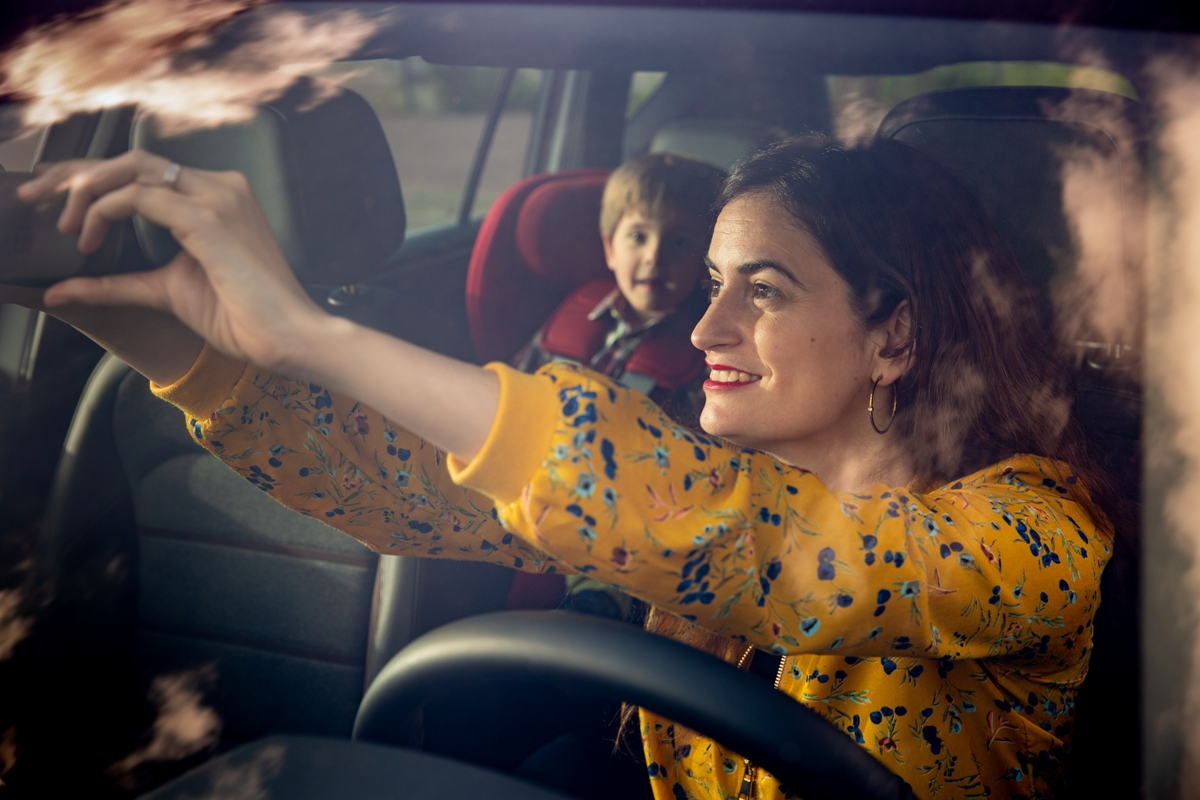 10-golden-rules-for-transporting-children-in-your-car_09_hq.jpg