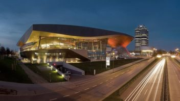 bmw_welt_night-352x198.jpg
