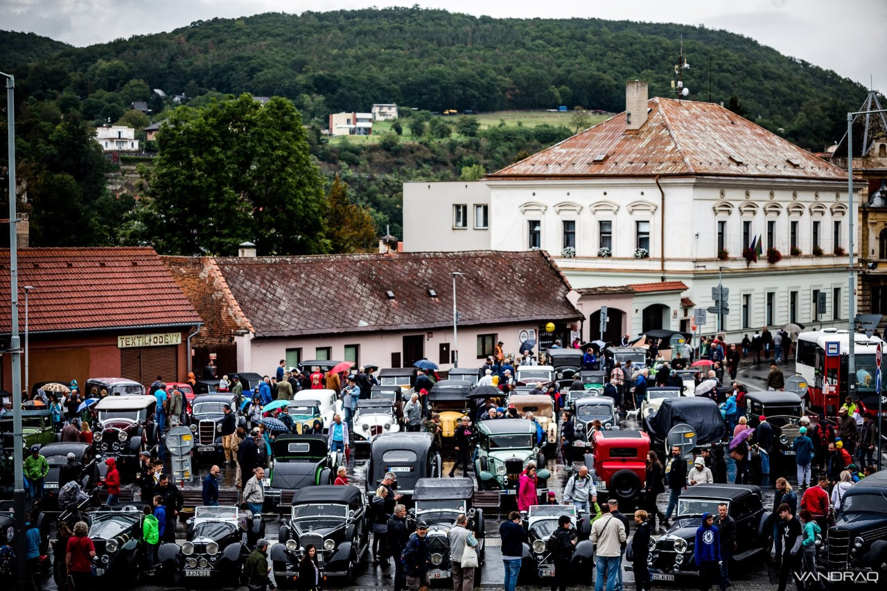 thumbnail_zbraslav-jiloviste-1.jpg
