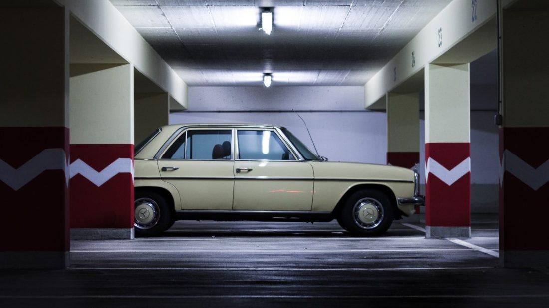 underground_car_park_urban_auto_automotive_vehicle_daimler_benz_old_retro-1389423-1100x618.jpg