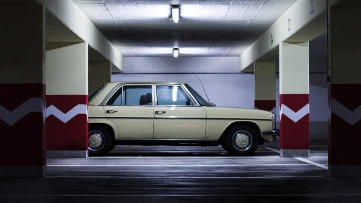underground_car_park_urban_auto_automotive_vehicle_daimler_benz_old_retro-1389423-728x409.jpg
