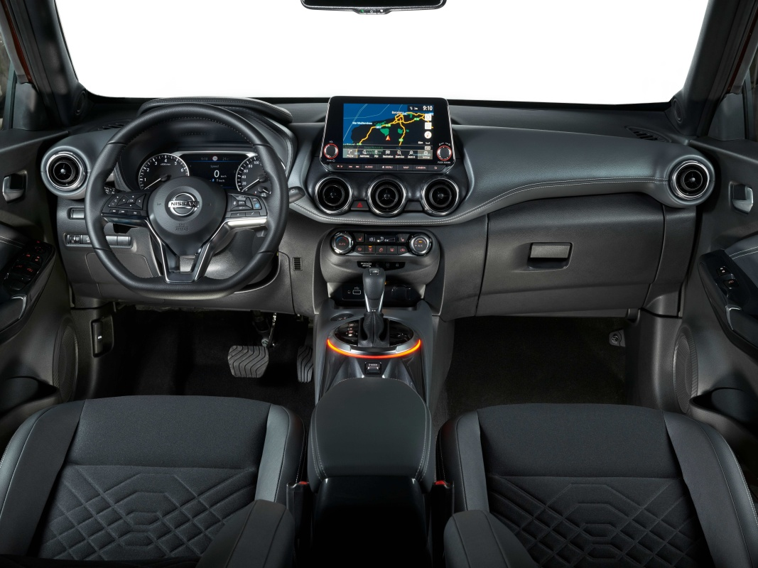 oct.-7-2pm-cet-new-nissan-juke-interior-01.jpg