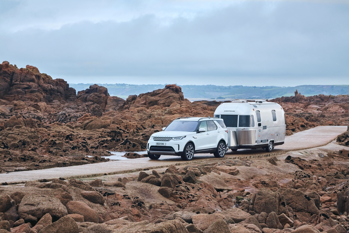 lr_discovery_towing_whitehalls_271119_06.jpg
