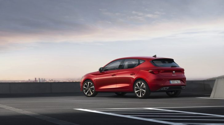 seat-launches-the-all-new-seat-leon_03_small-728x409.jpg