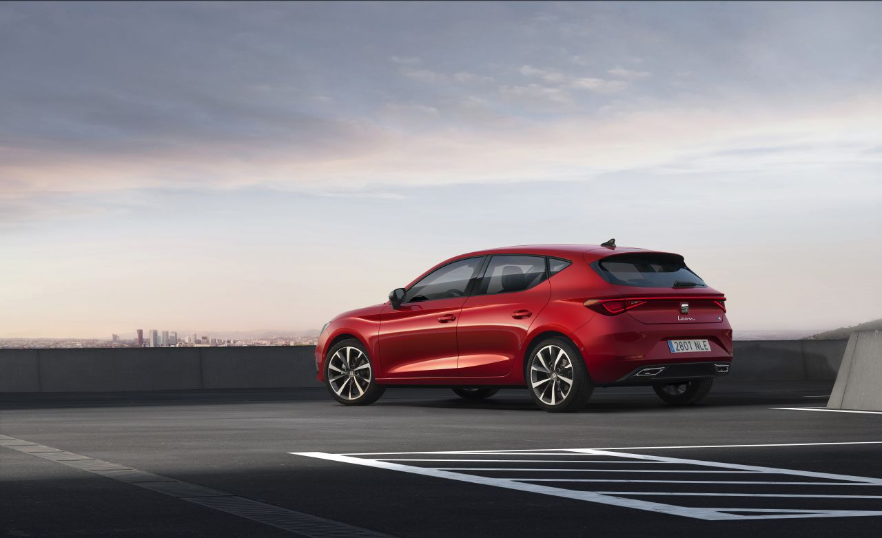 seat-launches-the-all-new-seat-leon_03_small.jpg