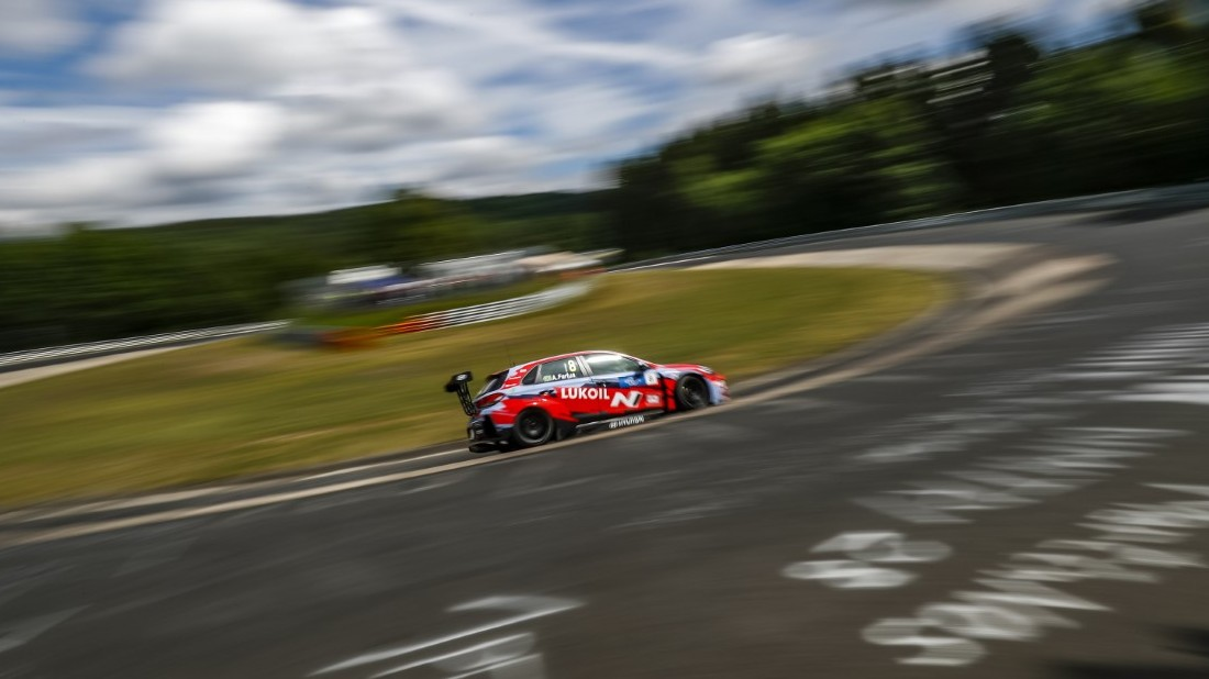 thumbnail_hyundai-i30-n-tcr-na-2019-fia-wtcr-world-touring-car-cup-of-nurburgring-nordschleife-germany-foto-clement-marin.jpg