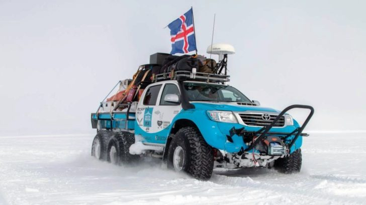arctic_trucks__antarctica_poi_mg_2731-kopie-728x409.jpg