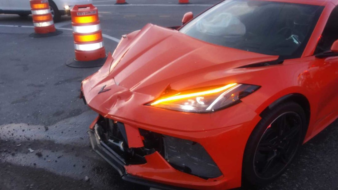 2020-chevrolet-corvette-crash-in-florida-2-1-1100x618.jpg