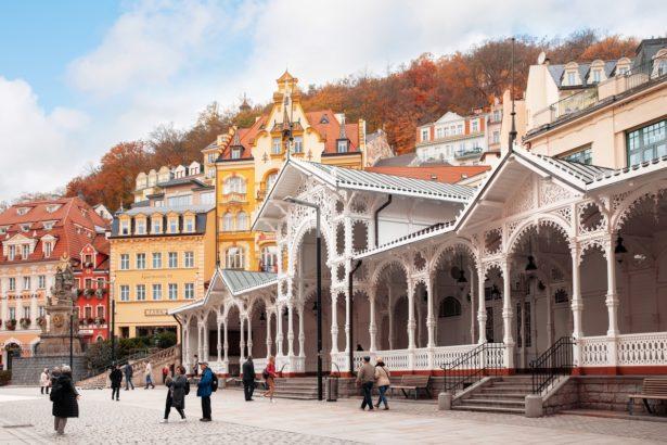 karlovarsky-kraj-615x410.jpg