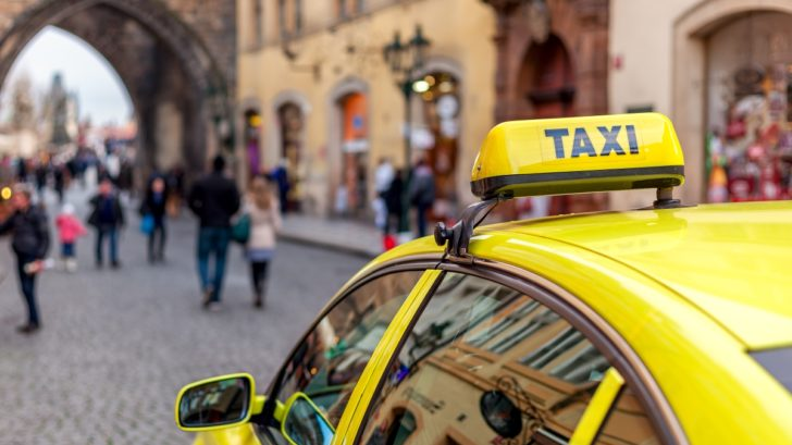 shutterstock-taxi-728x409.jpg