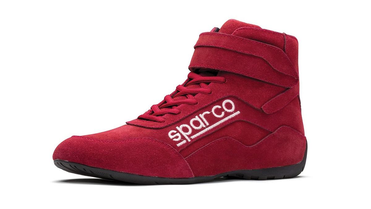 Závodní boty