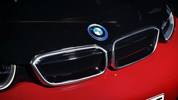 p90273575_highres_the-new-bmw-i3s-08-2-352x198.jpg