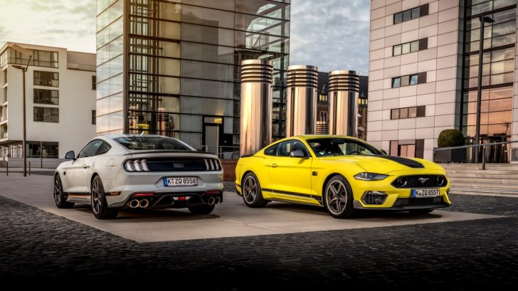 fordmustangmach1_fighterjetgray_grabberyellow_002-728x409.jpg