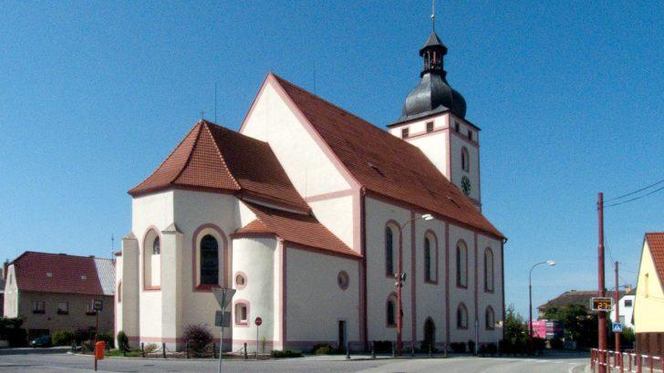 rudolfov_-_kostel_sv._vita_2-728x409.jpg