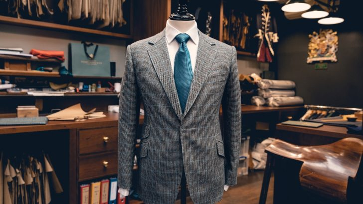 rr50_henry-poole-supporting-jacket_27.08.20.14-728x409.jpg
