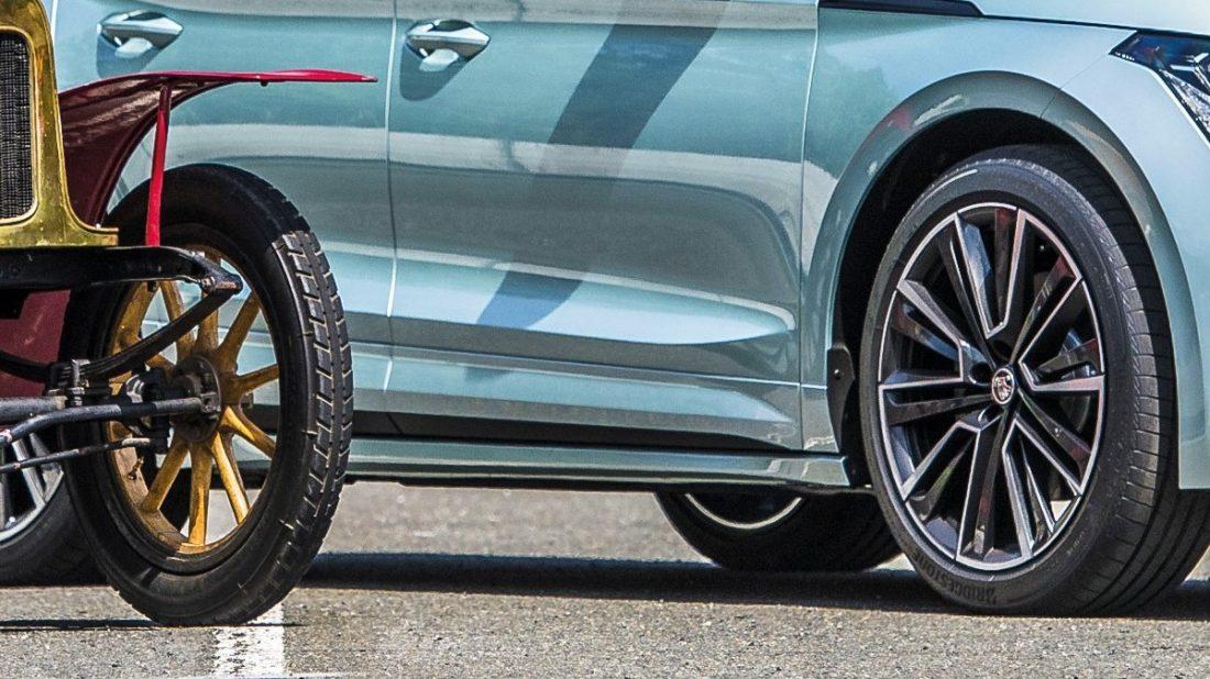 1_voiturette-mit-enyaq-kopie-1100x618.jpg