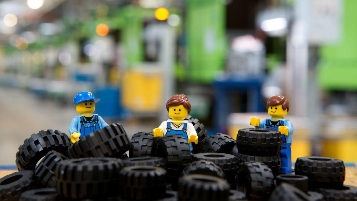 Největším výrobcem pneumatik není žádná tradiční značka, přesto je má doma téměř každý