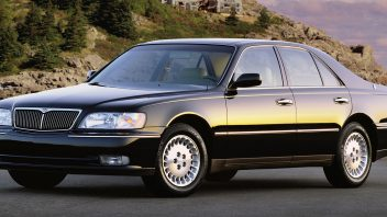 1998-infiniti-q45-front-three-quarter-view-352x198.jpg