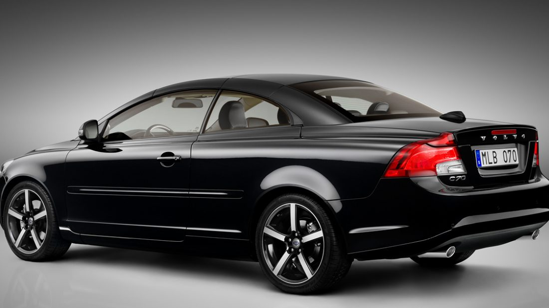 2013-volvo-c70-rear-view-top-up-1100x618.jpg