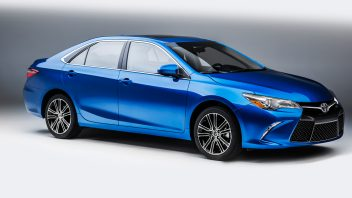 2016-toyota-camry-special-edition-101-352x198.jpg