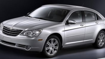 chrysler-sebring-2007-wallpaper-352x198.jpg