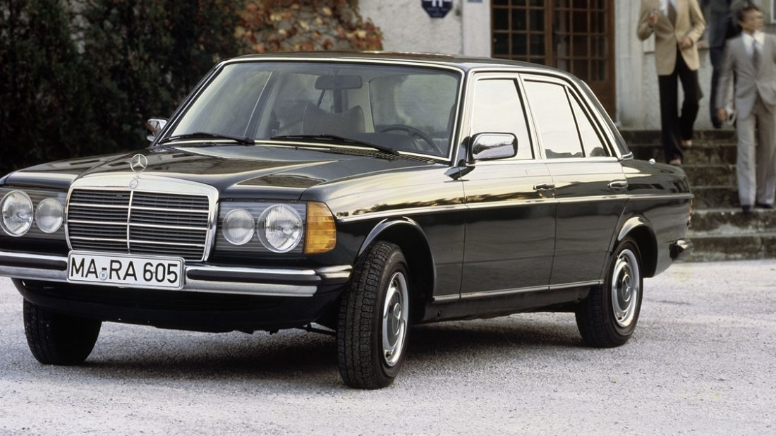 mercedes-benz-celebrates-40th-anniversary-of-the-legendary-w123-e-class_5-1100x618.jpg